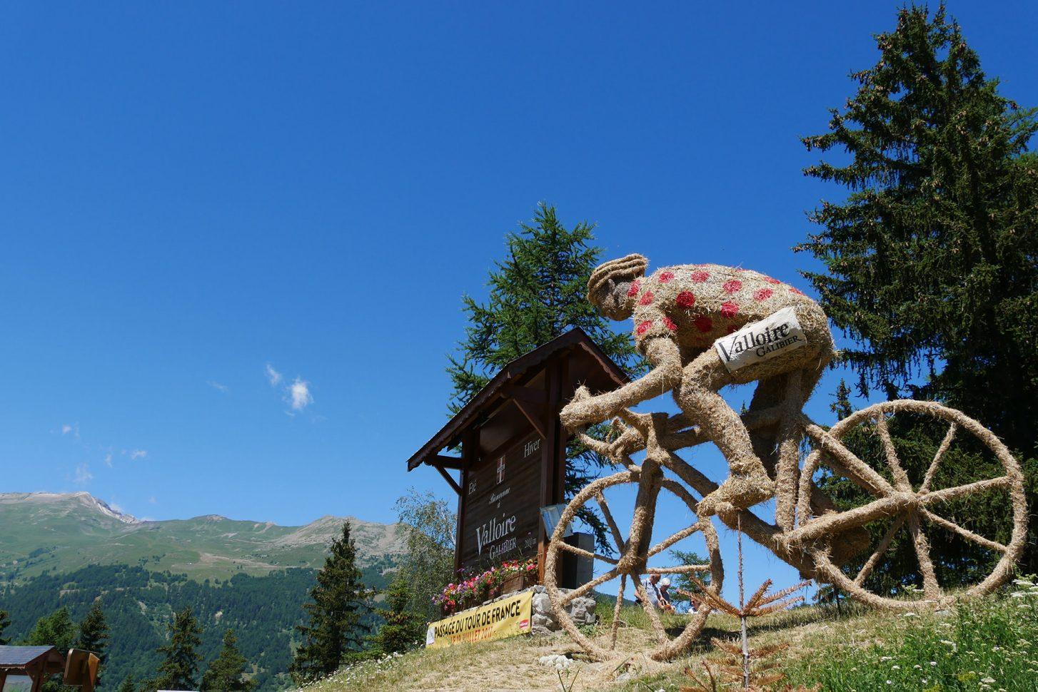 Sculpture Vélo Paille Foin au Col du Télégraphe 2017